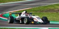 Saucy convierte la Pole en victoria en la segunda carrera de Imola - SoyMotor.com