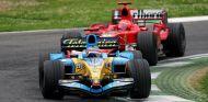 Fernando Alonso y Michael Schumacher en San Marino - SoyMotor.com