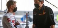 "Steiner: ""Queremos que Schumacher tenga la posibilidad de cometer errores"" - SoyMotor.com"