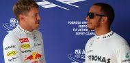 Sebastian Vettel felicita a Lewis Hamilton - LaF1