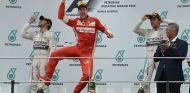 Vettel se puede aprovechar de la lucha en Mercedes - LaF1