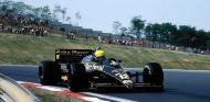 Ayrton Senna con el Lotus 98T en Hungría - SoyMotor.com