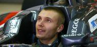 Sirotkin buscará un asiento de probador en 2016 - LaF1