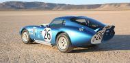 El Shelby Cobra Daytona Coupé 50 Aniversario es fiel al original - SoyMotor