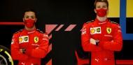 OFICIAL: Sainz no se subirá al Ferrari en los test de Abu Dabi - SoyMotor.com