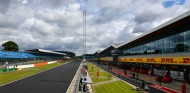 La F1 estudia comenzar la temporada a puerta cerrada en julio o agosto - SoyMotor.com