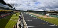 Silverstone se ofreció a la F1 para hacer 12 carreras en 2020 - SoyMotor.com