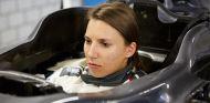 Simona de Silvestro en la factoría de Hinwil - LaF1