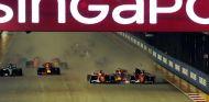 Incidente entre los Ferrari en Marina Bay - SoyMotor.com