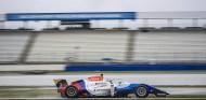 Victoria para Smolyar; Piastri sigue líder del campeonato - SoyMotor.com