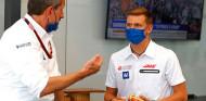 Schumacher no cree que Mazepin y él necesiten a un piloto referencia - SoyMotor.com