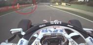 Varios coches se desdoblaron en Imola... ¡con comisarios en pista! - SoyMotor.com