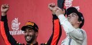 Lance Stroll, en el podio del GP de Azerbaiyán de 2017 – SoyMotor.com
