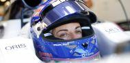 Williams renueva a Susie Wolff para 2014 - LaF1