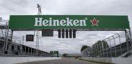 Cartel de Heineken en la recta de meta del Gilles Villeneuve - LaF1