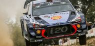 Mikkelsen en el Rally de Australia 2017 - SoyMotor.com