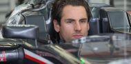 Adrian Sutil casi no ha podido rodar hoy, y el equipo le compensará el tiempo perdido con la sesión matinal de mañana - LaF1