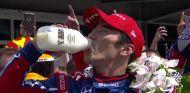 Sato gana las 500 Millas de Indianápolis; Alonso y Servià abandonan - SoyMotor.com