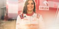 Calderón seguirá como probadora y embajadora de Alfa Romeo en 2020 - SoyMotor.com
