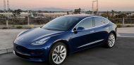 Tesla rompe las normas y abre la compra del Model 3 a nuevos clientes - SoyMotor.com