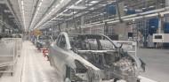 Interior de la fábrica de Tesla en Berlín, @teslaownerscz - SoyMotor.com