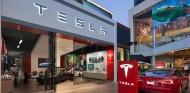 Tesla finalmente no cerrará todos los concesionarios planeados, lo que encarecerá algo su gama - SoyMotor.com