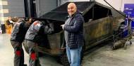En Rusia ya han creado un Tesla Cybertruck artesanal y funcional