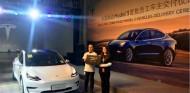 Entrega de los Tesla Model 3 en Shanghái - SoyMotor.com