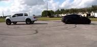 Ford F-150 contra Tesla Model X - SoyMotor.com