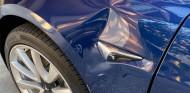 Tesla con daños por un malfuncionamiento del modo Smart Summon - SoyMotor.com