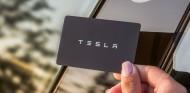 Tesla multiplicará sus acciones por cinco para abaratar su coste - SoyMotor.com