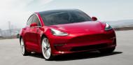 Tesla: llamada a revisión por fallos en cinturones de seguridad y frenos - SoyMotor.com