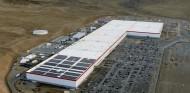 Tesla y Panasonic seguirán de la mano en Nevada tres años más - SoyMotor.com