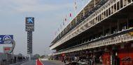 Pit-Lane del Circuit en los test de 2016 - SoyMotor