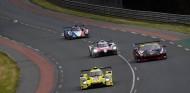 Toyota 7 en tráfico en los Libres de Le Mans - SoyMotor