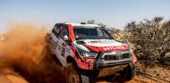 El nuevo Toyota Hilux del Dakar debuta en Sudáfrica - SoyMotor.com