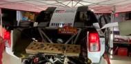 VÍDEO: ¿Cómo es el Toyota Hilux del Dakar de Alonso por dentro? - SoyMotor.com