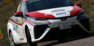 El Toyota Mirai en plena acción en el Rally de Alemania - SoyMotor
