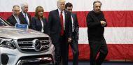 Trump, dispuesto a cambiar los Mercedes de Estados Unidos por Chrysler - SoyMotor.com