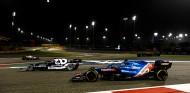 "Tsunoda, orgulloso de adelantar a Alonso: ""Ha sido emotivo"" - SoyMotor.com"