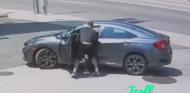 VÍDEO: robarle el coche a un luchador de la UFC no es una buena idea - SoyMotor.com