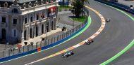 Nico Rosberg, Jenson Button y Sergio Pérez en Valencia - SoyMotor.com