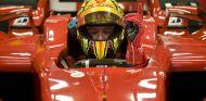 Valentino Rossi recuerda su acercamiento a Ferrari - LaF1.es