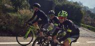 Vandoorne en pleno entrenamiento junto a Michael Collier - SoyMotor
