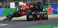 """Hamilton responde a Marko: """"Cuando un coche aterriza sobre tu cabeza, es normal que sientas malestar"""" - SoyMotor.com"""