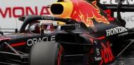 Verstappen se rebela ante los Ferrari en los Libres 3 de Mónaco - SoyMotor.com