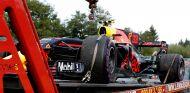 El RB13 de Max Verstappen tras su retirada en Spa - SoyMotor.com