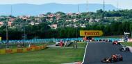 Power Rankings: Verstappen sigue líder; Sainz llega tercero al parón - SoyMotor.com