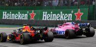 Max Verstappen y Esteban Ocon en Interlagos - SoyMotor.com