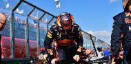 Max Verstappen en la parrilla del GP de Australia F1 2018 - SoyMotor.com